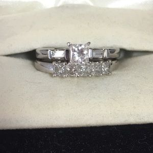 Jewelry - Wedding and engagement band
